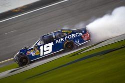 Elliott Sadler, Richard Petty Motorsports Ford crashes