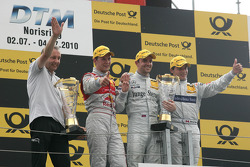 Podium: race winner Jamie Green, Persson Motorsport AMG Mercedes C-Klasse with Igmar Persson, Team O