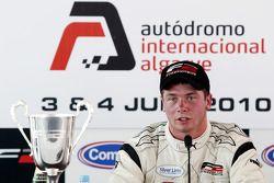 Post-race press conference: race winner Dean Stoneman