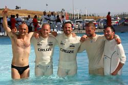 Drivers go for a swim after the race, Gabriele Tarquini, SR - Sport, Seat Leon 2.0 TDI, Robert Huff,