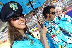 Loris Capirossi, Rizla Suzuki MotoGP and umbrella girl