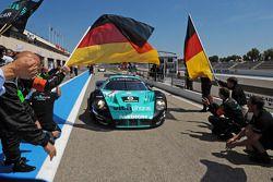 Race winner #1 Vitaphone Racing Team Maserati MC12: Michael Bartels, Andrea Bertolini