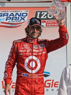Podium: third place Dario Franchitti