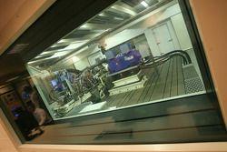 Тесты двигателя Cosworth на заводском стенде Cosworth в Нортгемптоне