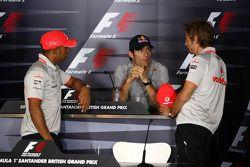 Lewis Hamilton, McLaren Mercedes, Mark Webber, Red Bull Racing, Jenson Button, McLaren Mercedes