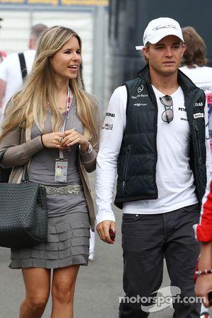 Vivian Sibold la novia de Nico Rosberg y Nico Rosberg, de Mercedes GP
