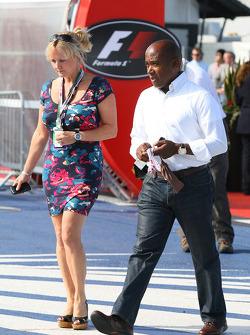 Linda Hamilton, Step-mother of Lewis Hamilton and Anthony Hamilton, Father of Lewis Hamilton