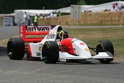 Бруно Сенна за рулем McLaren Cosworth MP4/8 1993 года Айртона Сенны