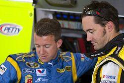 Paul Menard, Richard Petty Motorsports Ford en A.J. Allmendinger, Richard Petty Motorsports Ford