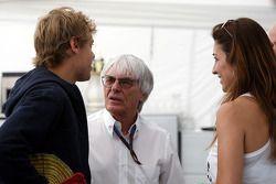 Sebastian Vettel, Red Bull Racing, Bernie Ecclestone, en Fabiana Flosi Braziliaanse Grand Prix Vicep