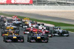 Start: Sebastian Vettel, Red Bull Racing en Mark Webber, Red Bull Racing