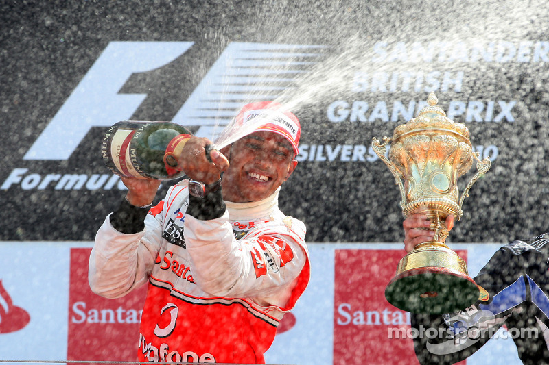 Podium: Seconde place pour Lewis Hamilton, Mclaren-Mercedes