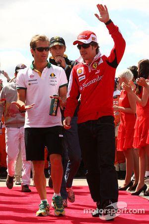 Jarno Trulli, Lotus F1 Team met Fernando Alonso, Scuderia Ferrari