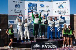 GTC class podium: vainqueurs de la catégorie Timothy Pappas et Jeroen Bleekemolen, 2e Juan Gonzalez et Butch Leitzinger, 3e Henri Richard et Andy Lally