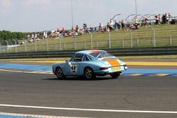 #49 Porsche 911 1965: Claude Le Jean, Christian Pelletier, Jean-Marc Rivet-Fusil