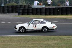 #11 Porsche 911 2L 1967: Philippe Marechal, Claude Terrier
