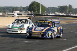 #27 Porsche 935 1978: Jean-Marc Merlin et #47 Porsche 911 RSR 2,8l 1973: Bernard Moreau