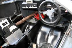 #8 Lola T70 MK III B 1967: Leo Voyazides