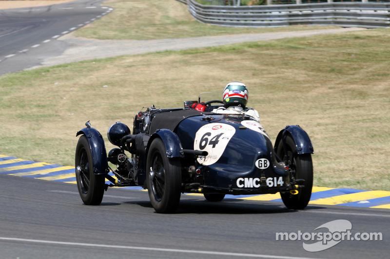 #64 Aston Martin Ulster 1935:Mark Lee Midgley, Andy Bell