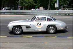 #24 Mercedes Benz 300 SL 1955: Pierre de Thoisy, Robert Frowein