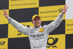 Podium: race winnaar Jamie Green, Persson Motorsport AMG Mercedes C-Klasse