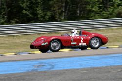 #2 Maserati 250 S 1957: Simon Hadfield, Michael R.P. Schryver, Christopher Maybury