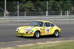 #18 Porsche 911 1972: Gaby von Oppeneheim, Claudia Hürtgen