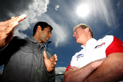 Karun Chandhok, Hispania Racing F1 Team, with Jonathan Palmer CEO MotorSport Vision