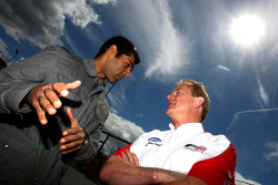 Karun Chandhok, Hispania Racing F1 Team, talks to Jonathan Palmer CEO MotorSport Vision