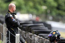 Plamen Kralev bekijkt de race