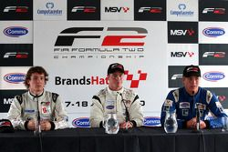 Press conference: race winner Dean Stoneman, second place Jack Clarke, third place Ivan Samarin
