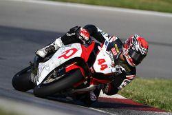 #44 RidersDiscount.com - Suzuki GSX-R1000: Taylor Knapp