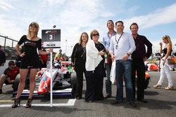 Formula Two guests on the grid with Jolyon Palmer