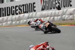 Jorge Lorenzo, Fiat Yamaha Team y Dani Pedrosa, Repsol Honda Team luchan por el liderato