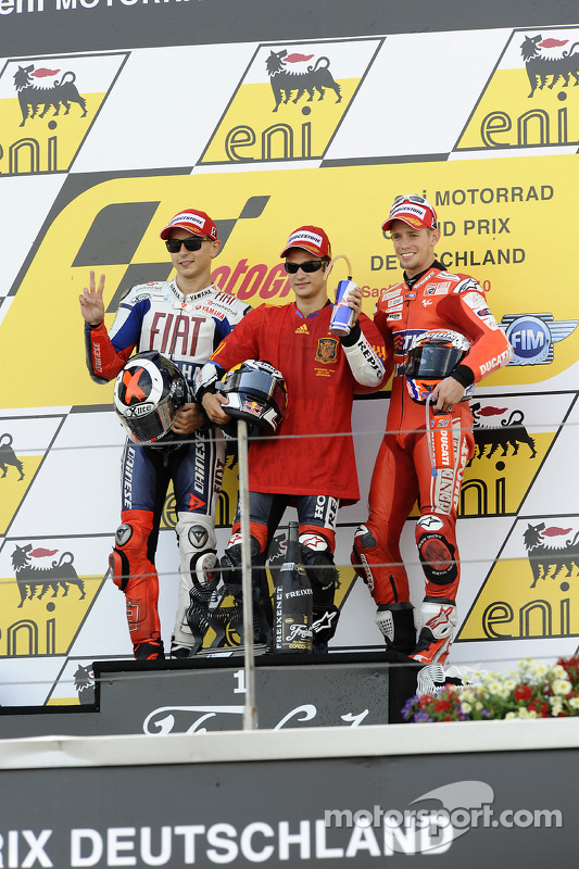 Podium: winnaar Dani Pedrosa, Repsol Honda Team, 2de Jorge Lorenzo, Fiat Yamaha Team, 3de Casey Stoner, Ducati Marlboro Team
