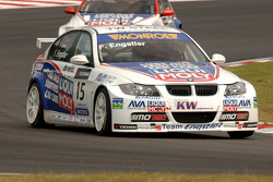 Franz Engstler rijdt voor Tim Coronel
