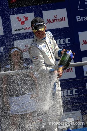 Colin Turkington sprays Champagne