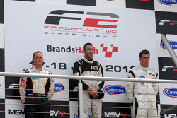 Podium: race winner Philipp Eng, second place Tom Gladdis, third place Dean Stoneman