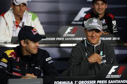 Пресс-конференция FIA: Себастьян Феттель, Red Bull Racing, Михаэль Шумахер, Mercedes GP
