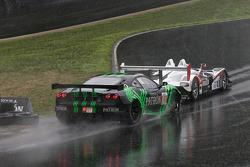 #01 Extreme Speed Motorsports Ferrari F430 GT: Scott Sharp, Johannes van Overbeek , #6 Team Cytospor