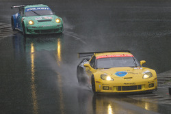 #3 Corvette Racing Chevrolet Corvette ZR1: Jan Magnussen, Johnny O'Connell, #17 Team Falken Tire Porsche 911 GT3 RSR: Bryan Sellers, Wolf Henzler
