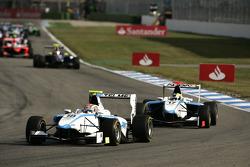 Pablo Sanchez Lopez leads Felipe Guimaraes