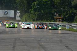 Start: #1 Patron Highcroft Racing Honda Performance Development ARX-01c: David Brabham, Simon Pagena