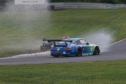 #89 Intersport Racing Oreca FLM09: Kyle Marcelli, Brian Wong, #17 Team Falken Tire Porsche 911 GT3 R