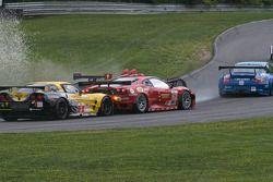 #62 Risi Competizione Ferrari F430 GT: Jaime Melo, Gianmaria Bruni, #3 Corvette Racing Chevrolet Cor