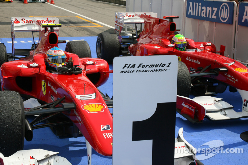 خلال سباق ألمانيا 2010، استعملت فيراري أوامر الفريق بهدف السماح لفرناندو ألونسو بتجاوز زميله فيليبي ماسا ليحرز الفوز