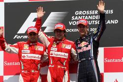 Подіум: переможець Фернандо Алонсо (Ferrari), другий призер Феліпе Масса (Ferrari) та третій призер