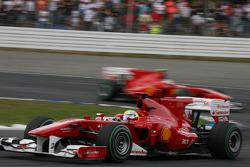 Феліпе Масса попереду Фернандо Алонсо, Ferrari