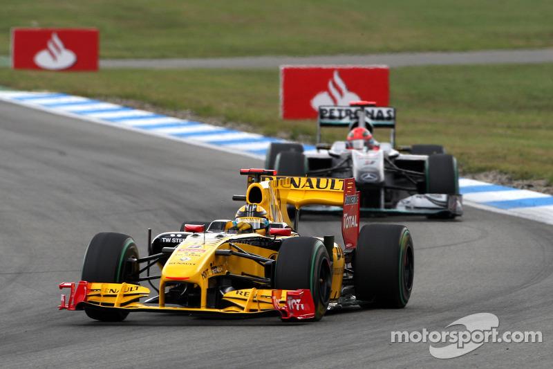 Robert Kubica, Renault F1 Team ve Michael Schumacher, Mercedes GP