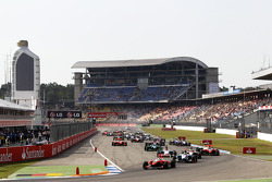 Daniel Juncadella leads Felipe Guimaraes